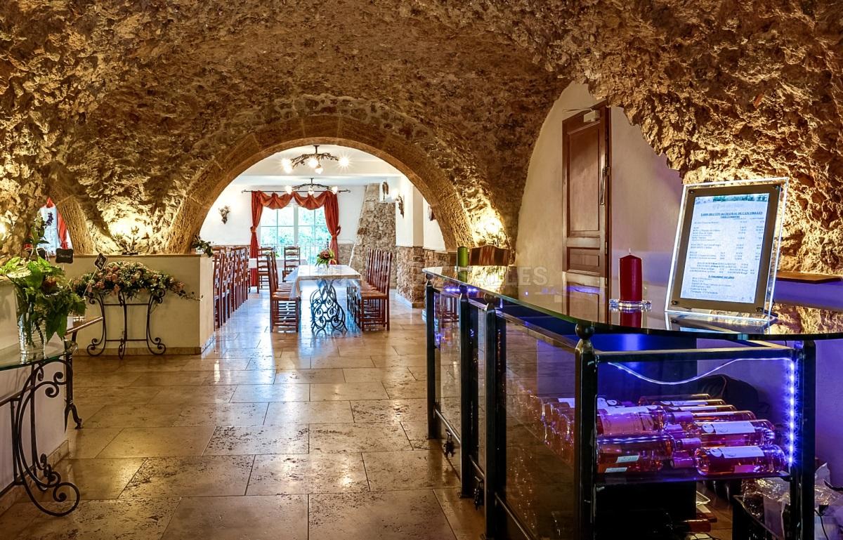 salle-restaurant-chateau-Cancerilles