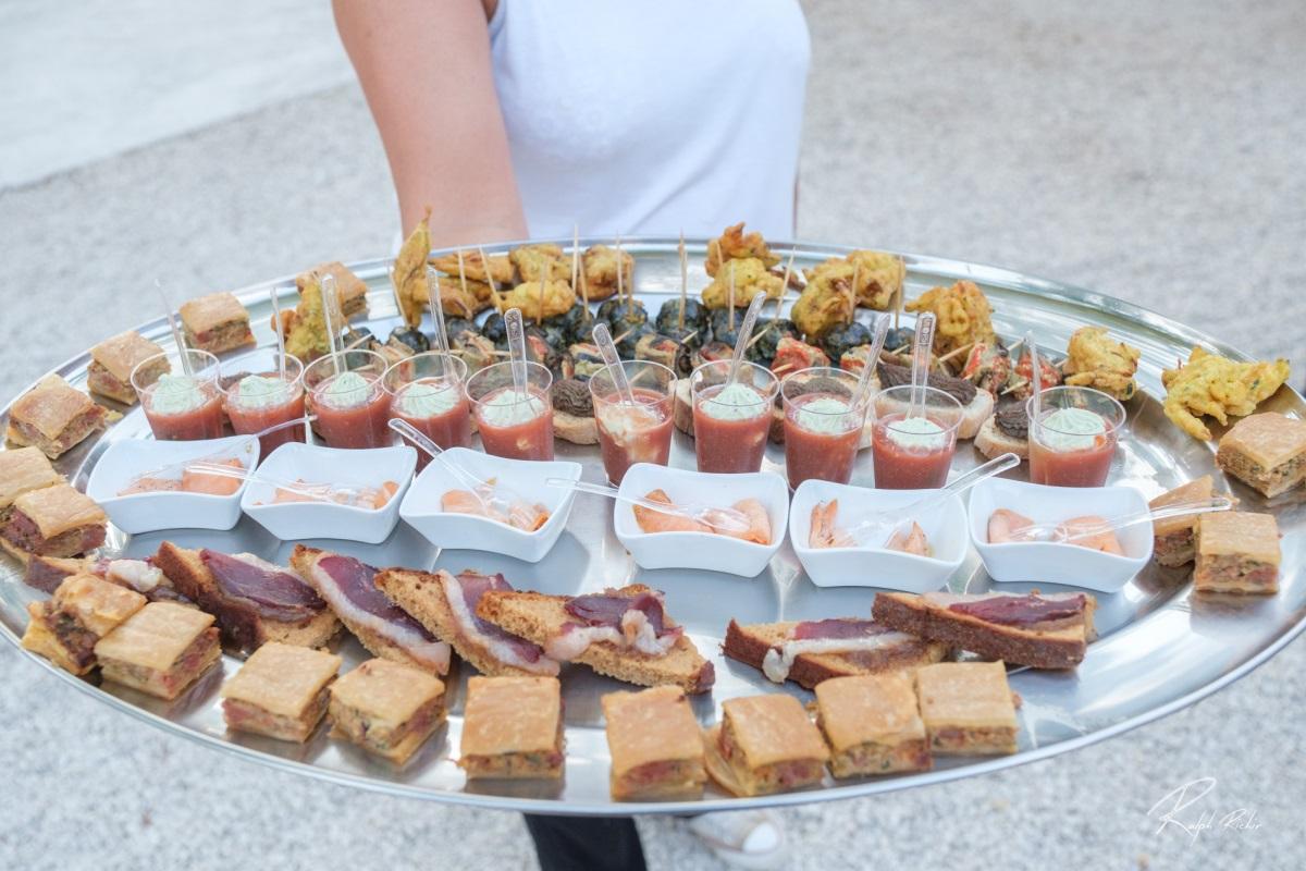 seminaire-repas fin annee-buffet-cancerilles