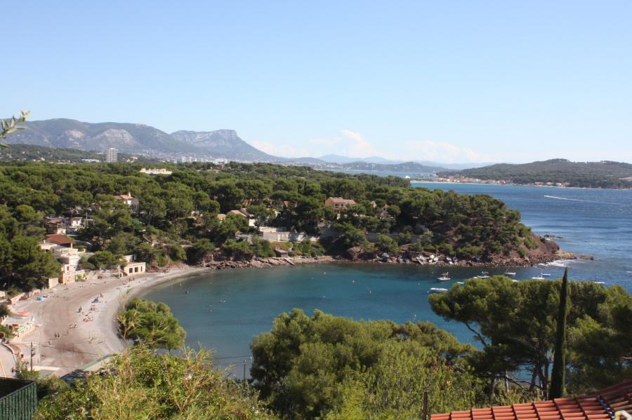Plages-mediterrannee-fabregas-bandol-vacances