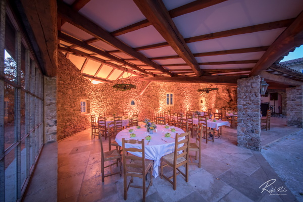 repas-terrasse-mariage-privatisation